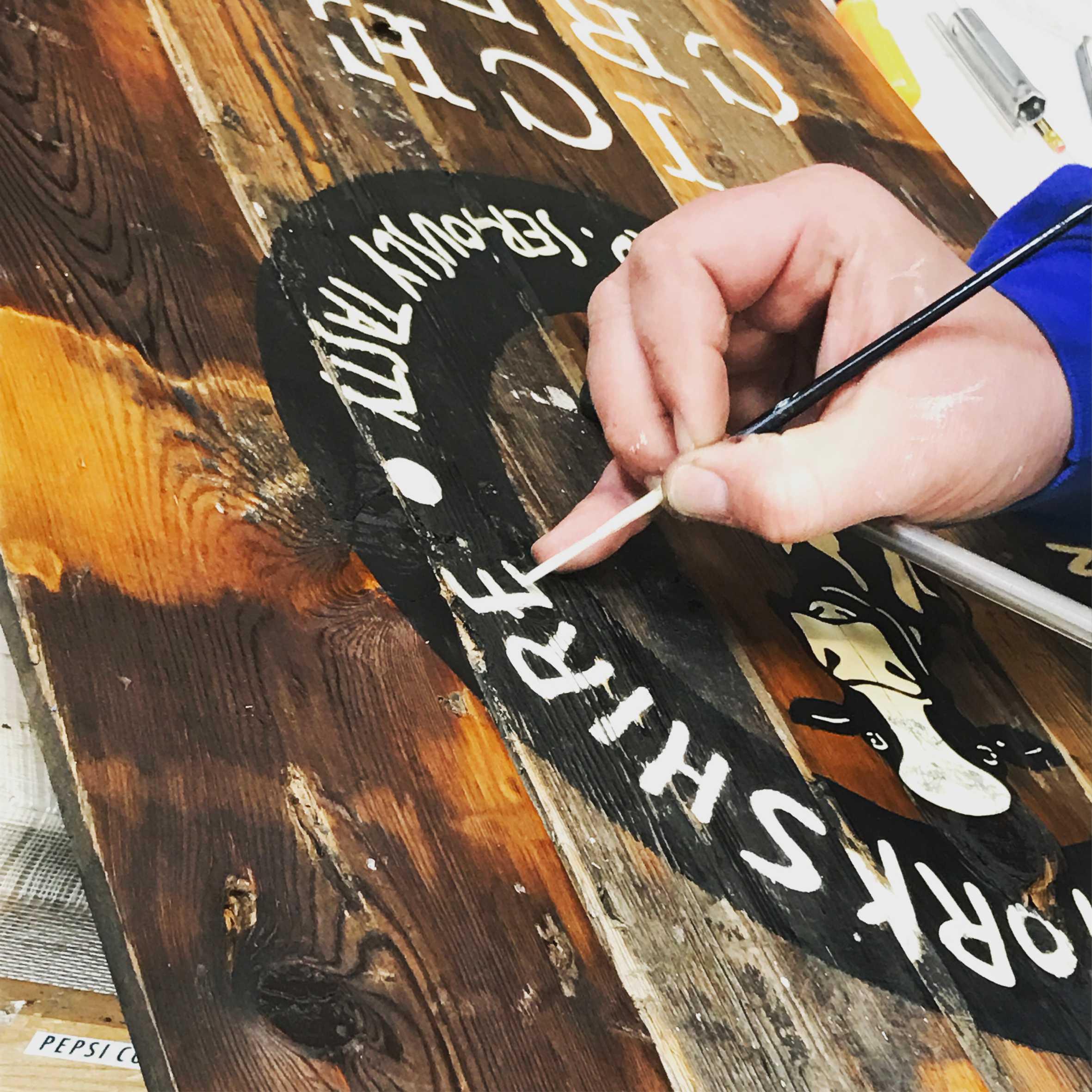 Traditional Signwriting